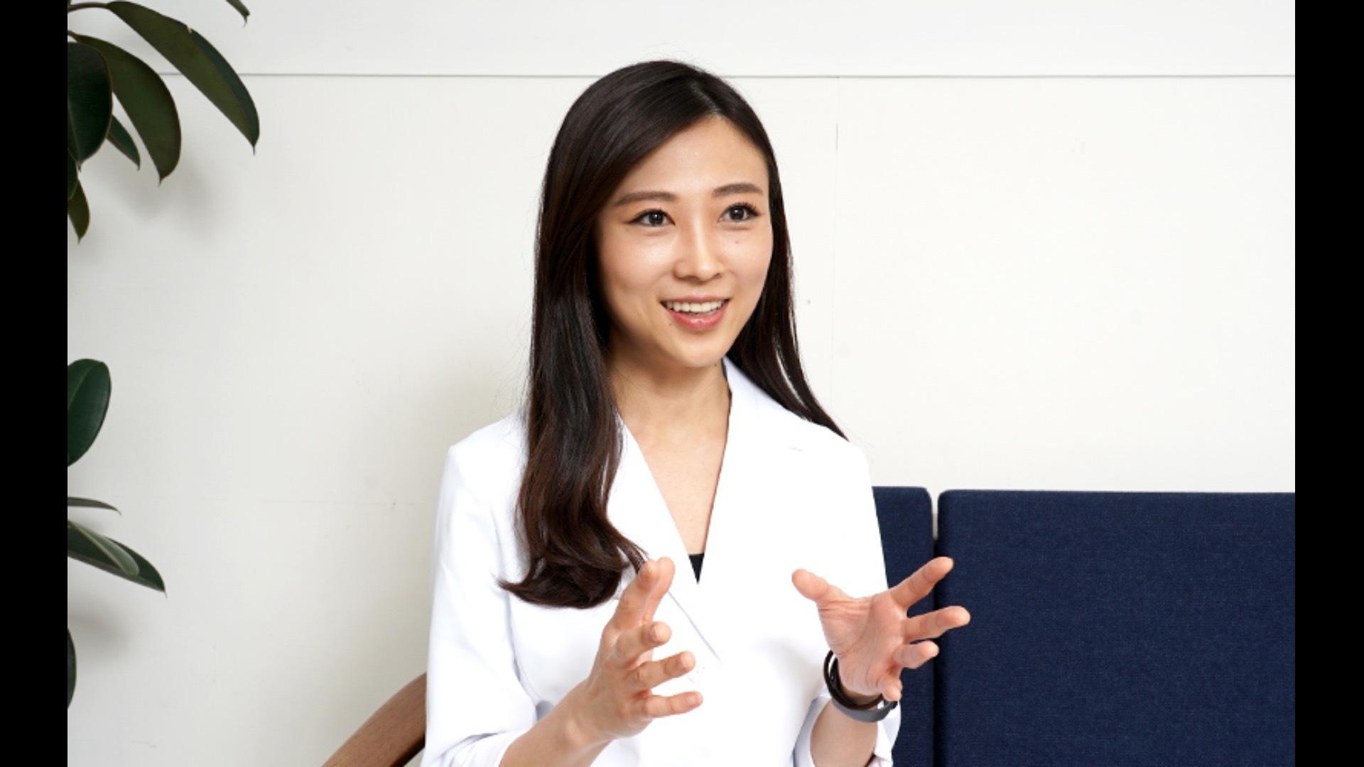 三輪綾子 ( 医師・産婦人科専門医 )